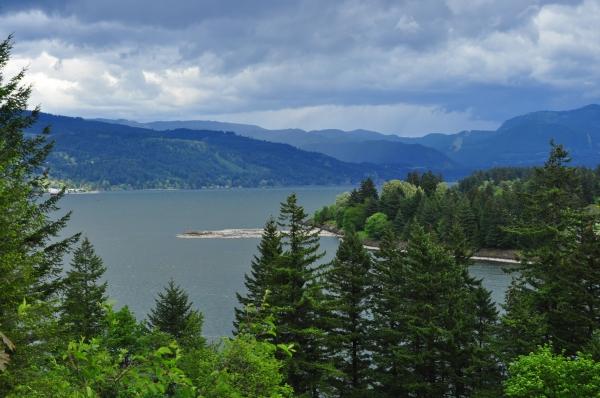 Cascade Locks area of the Columbia River